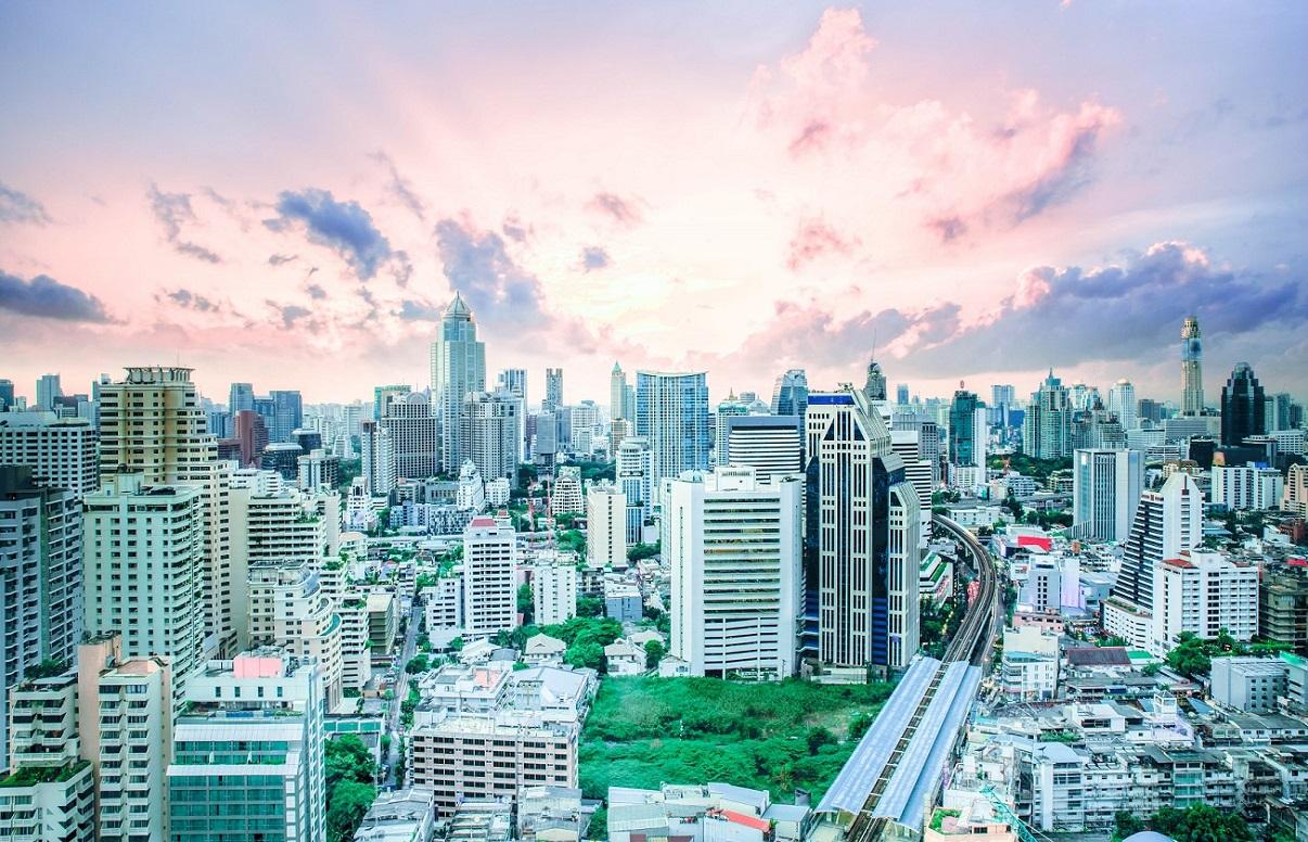 High-Rise Vs Low-Rise Condominium